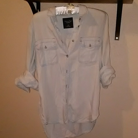 Tops - AE Sml button up 100% Lyocell (super soft rayon)